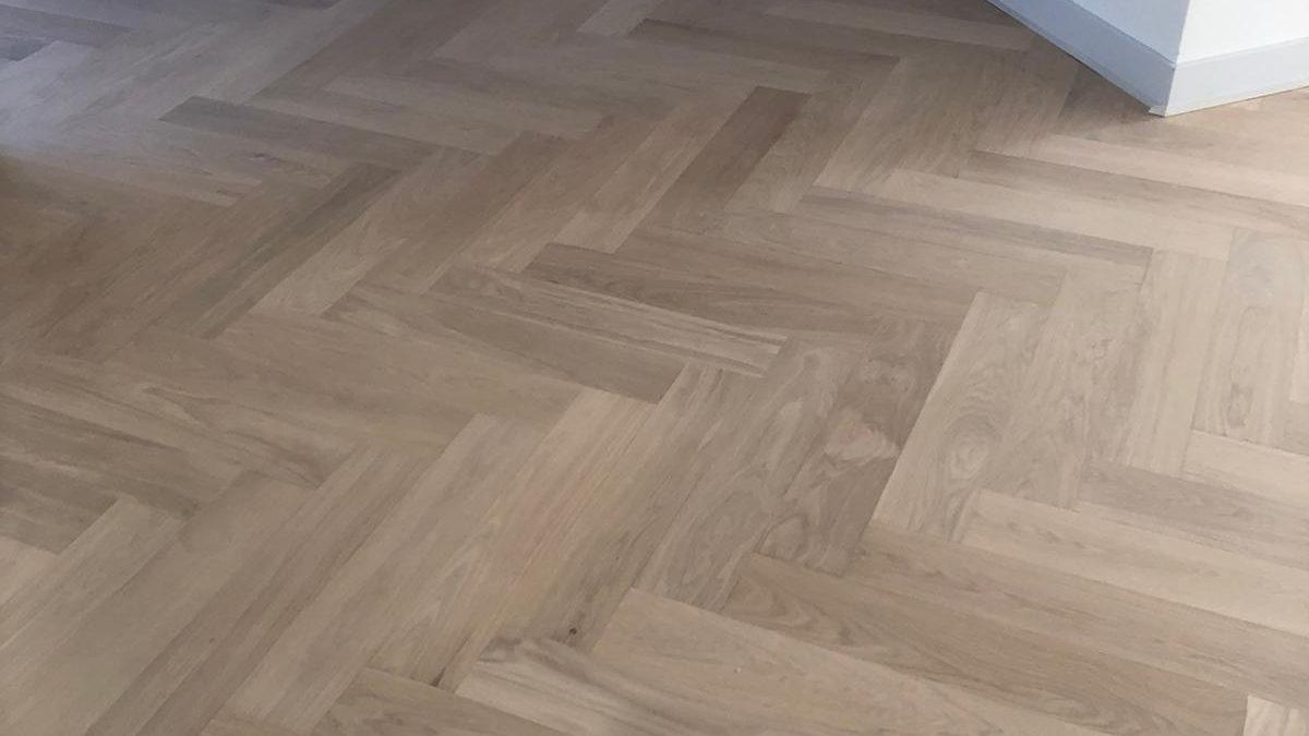 Eiken Duo Plank Visgraat 14 x 70 cm